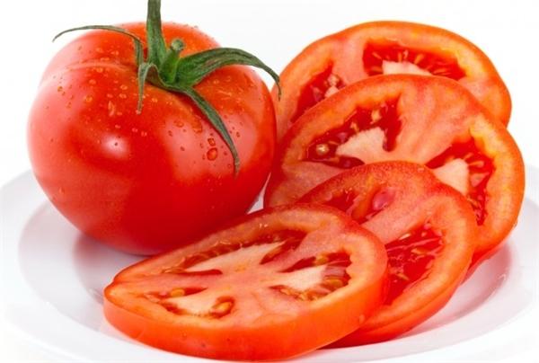 Bất ngờ trước tác dụng thần kì của cà chua tới nhan sắc