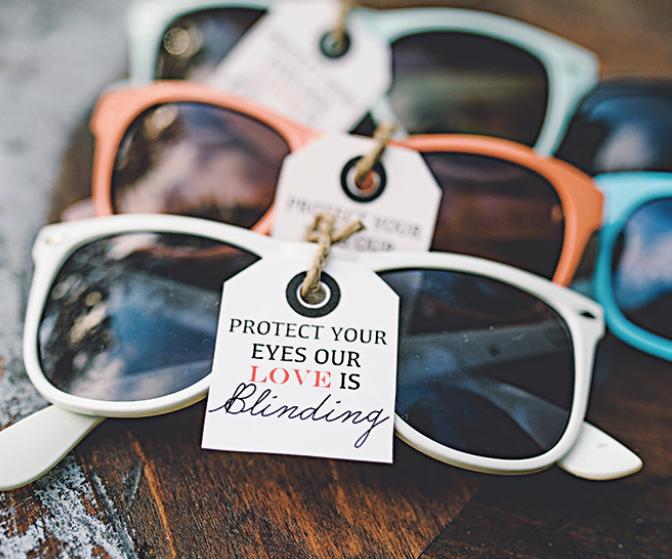 Tưởng mua được mắt kính chất chơi với giá bèo ai dè rước họa
