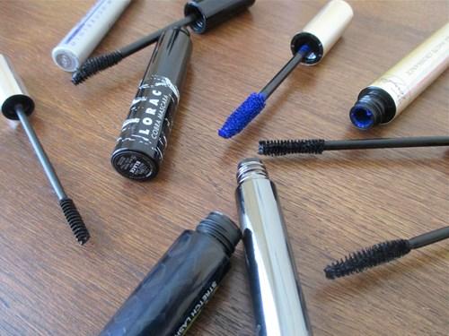 Chuyện gì sẽ xảy ra nếu bạn dùng đồ make up quá hạn