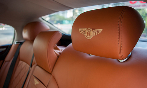 chi tiết nội thất bentley continental flying spur 2007